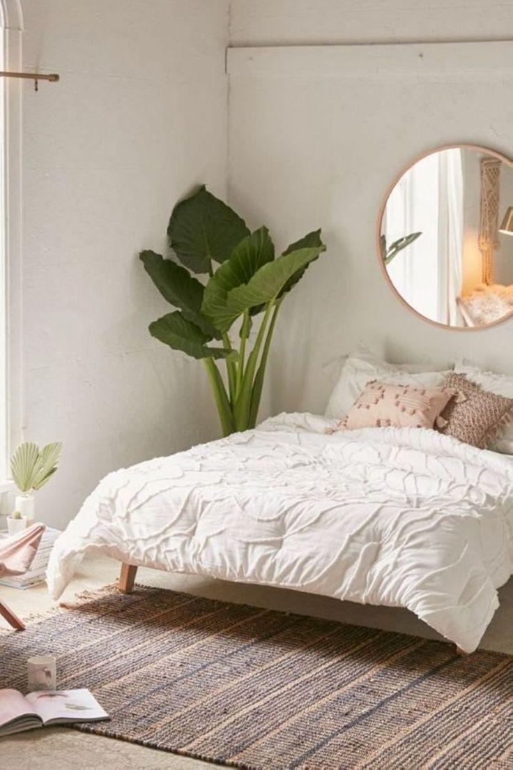 chambre deco elegante feminie simple tendance plante