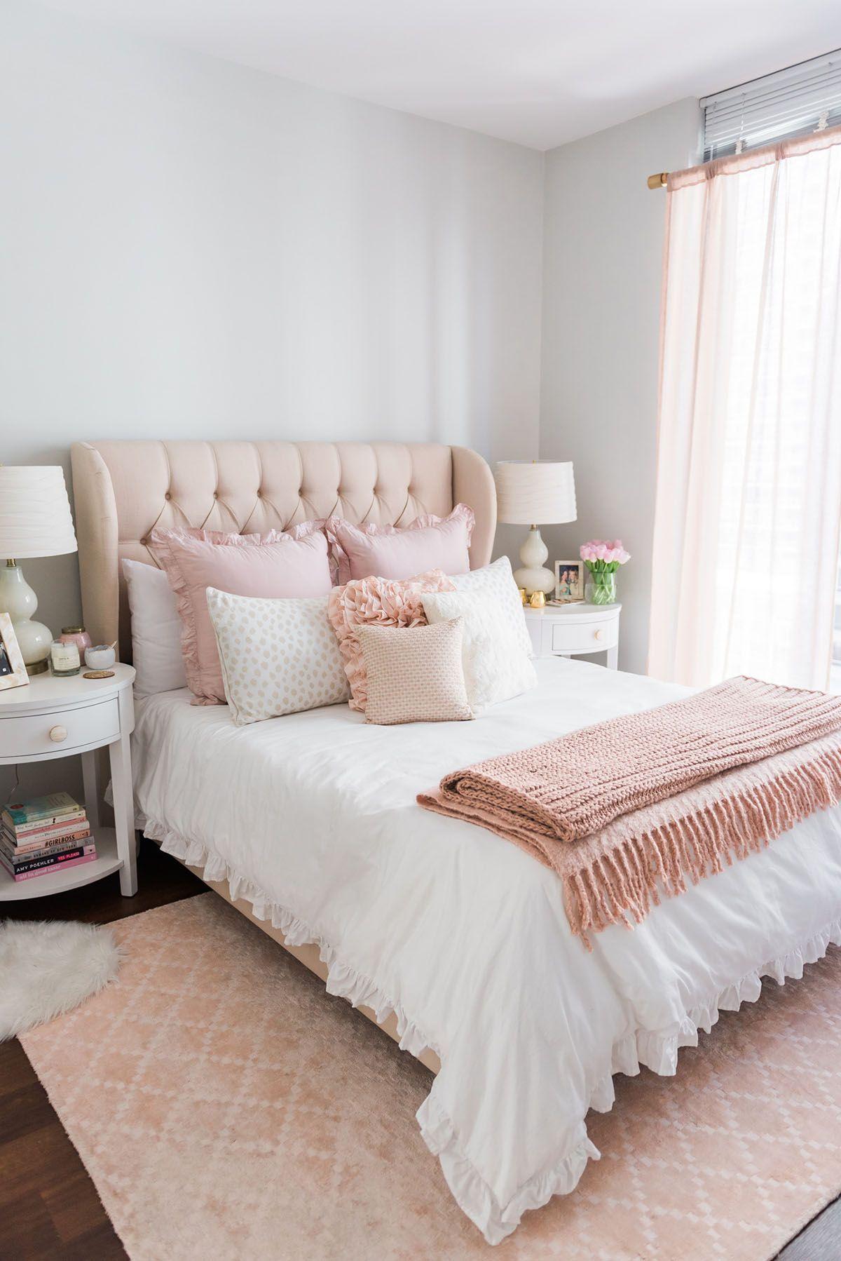 chambre deco elegante simple rose et blanc