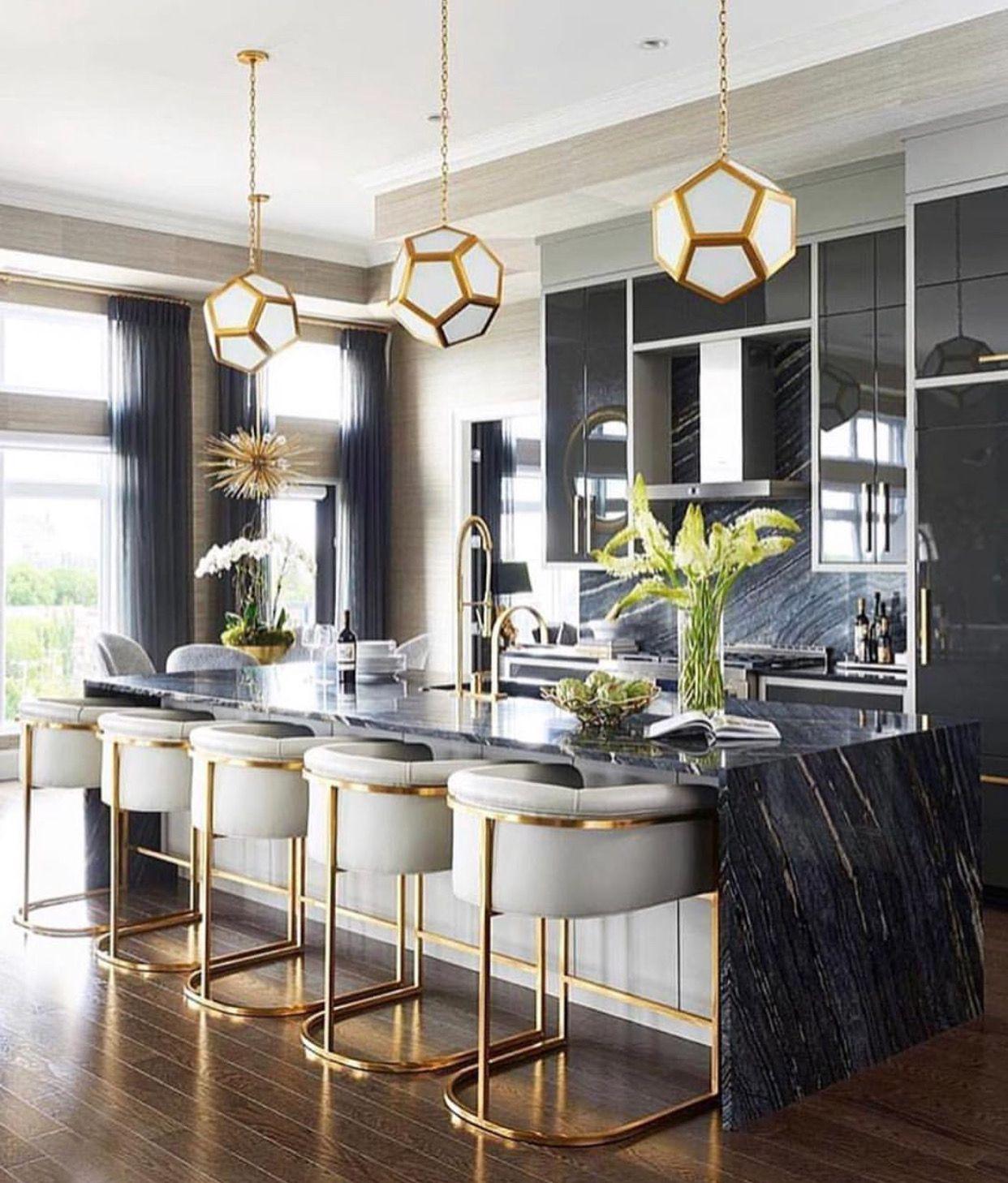 cuisine couleur or noir marbre elegante