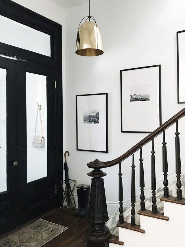 cadre deco escalier entree classique