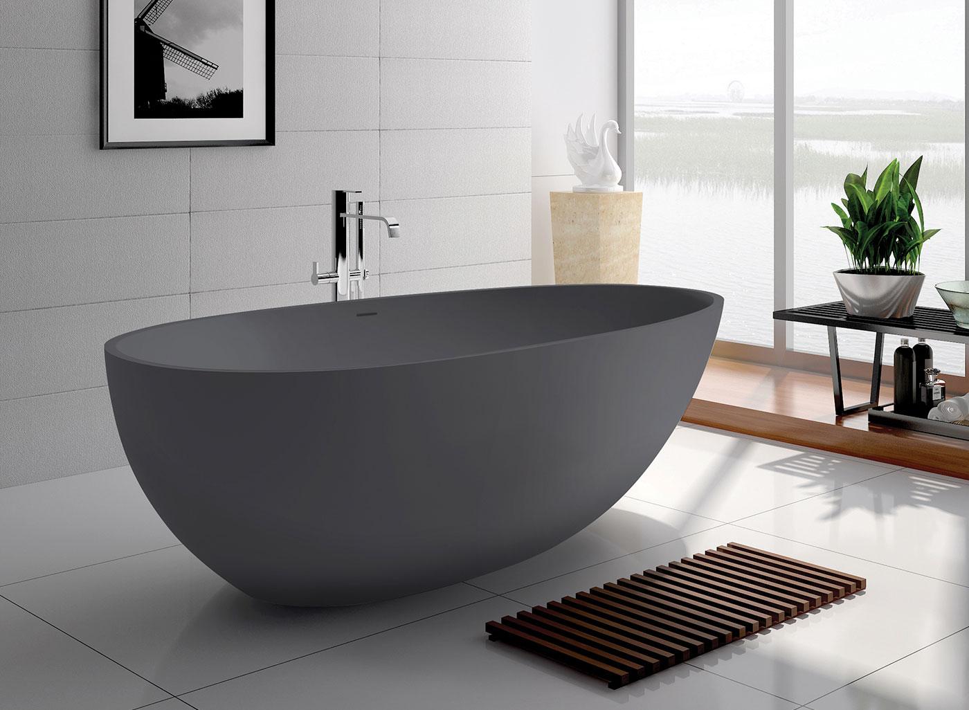 couleur sombre salle de bain baignoire ilot grise epuree