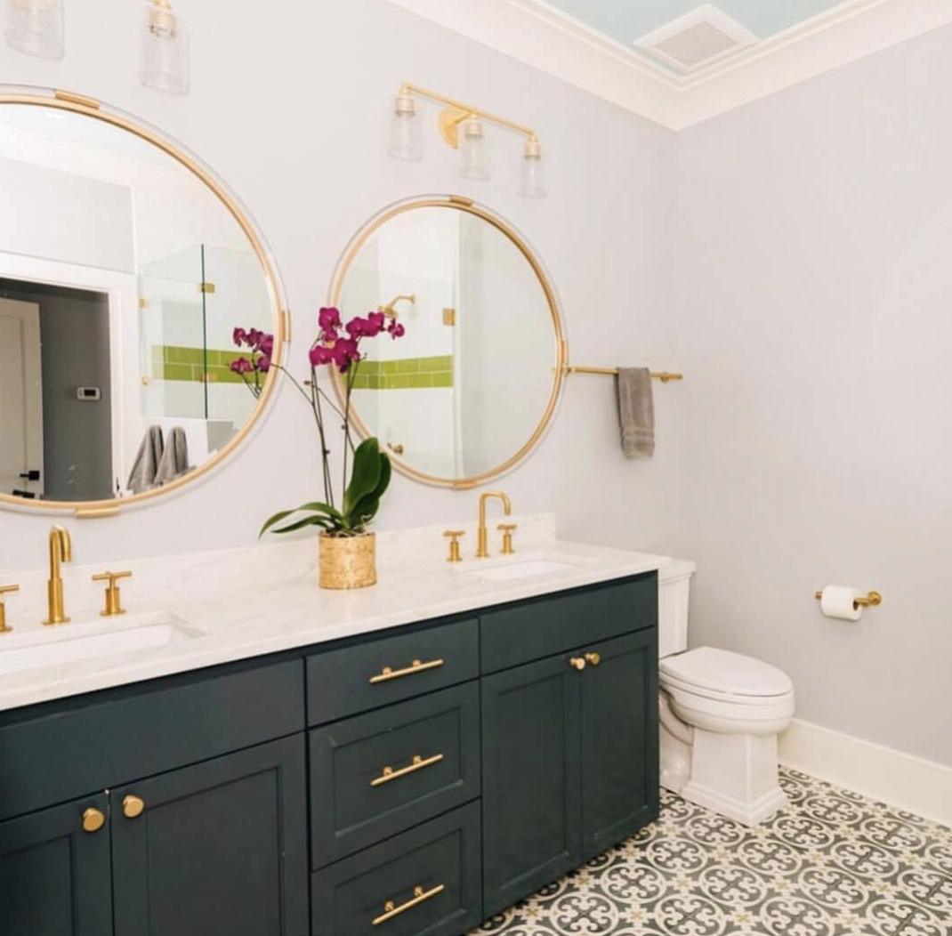 couleur sombre salle de bain mobilier vert