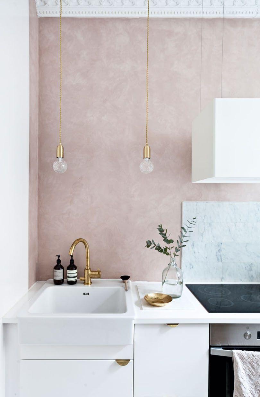 cuisine elegante feminine rose et blanc