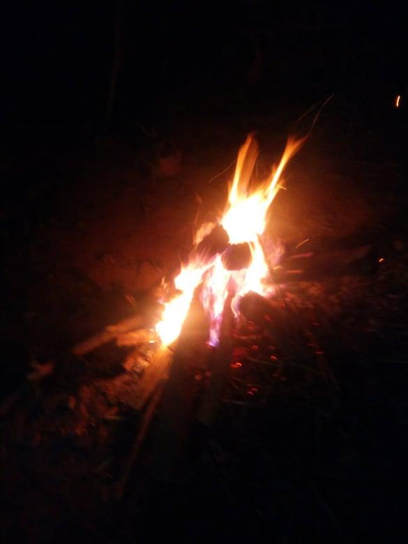 nomadisme fete fin annee feu de camp asie laos