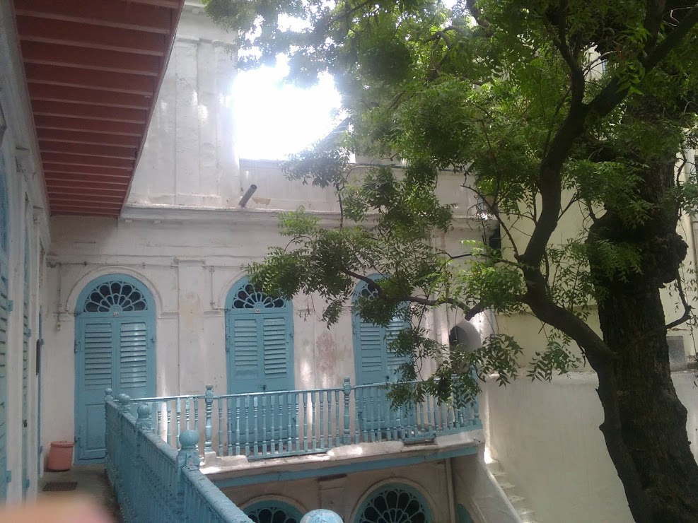 vie nomade chennai jolie guesthouse