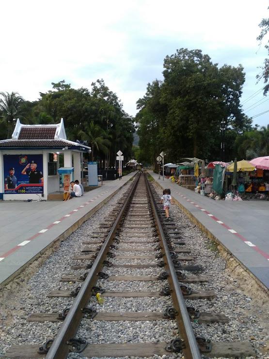vie nomade kanchanaburi thailande tourisme