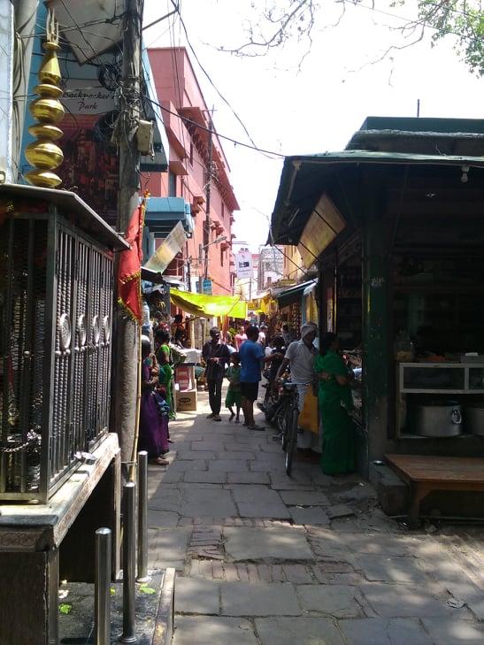 vie nomade vieille ville varanasi