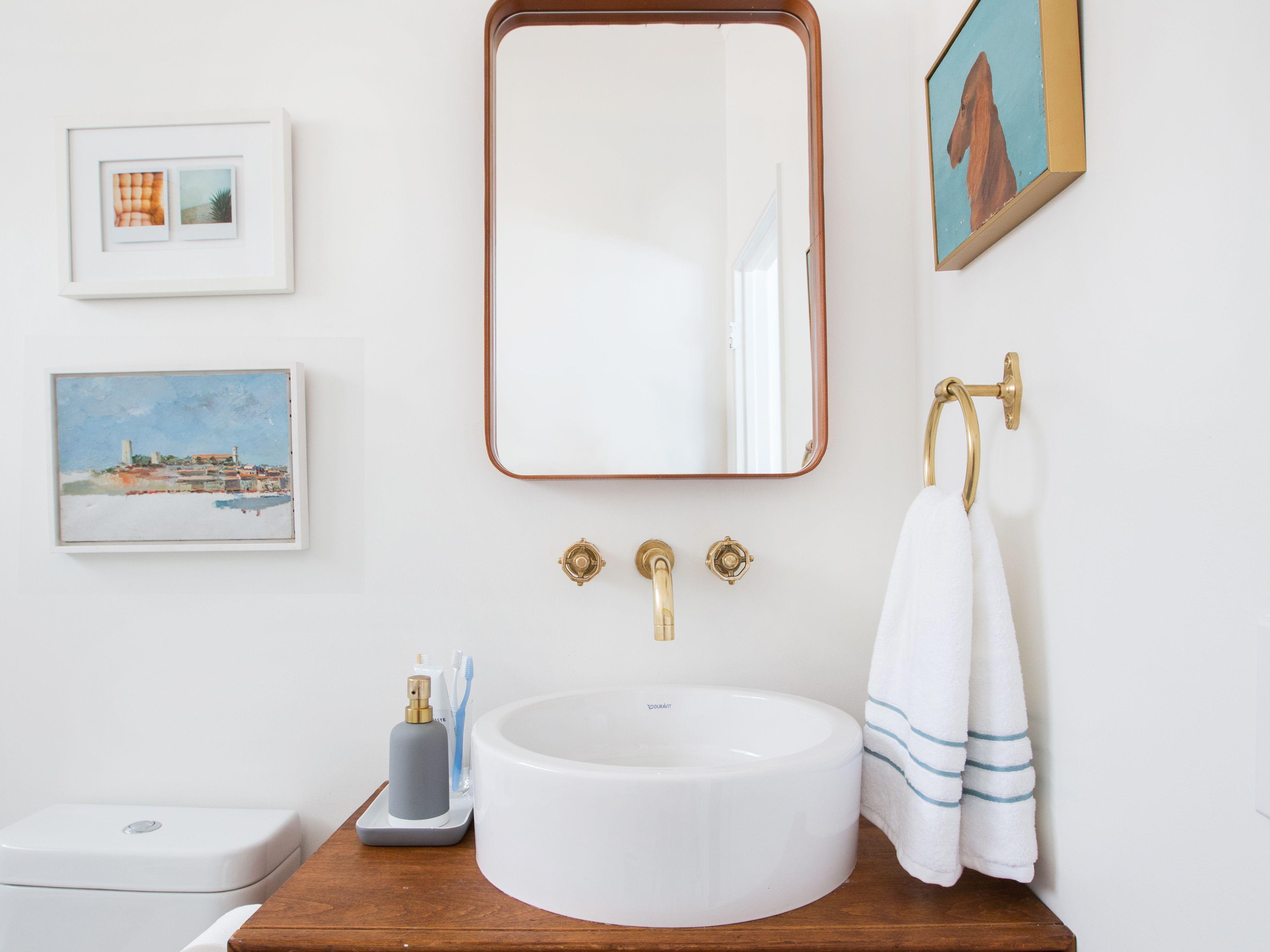 salle de bain minimaliste rangement vasque