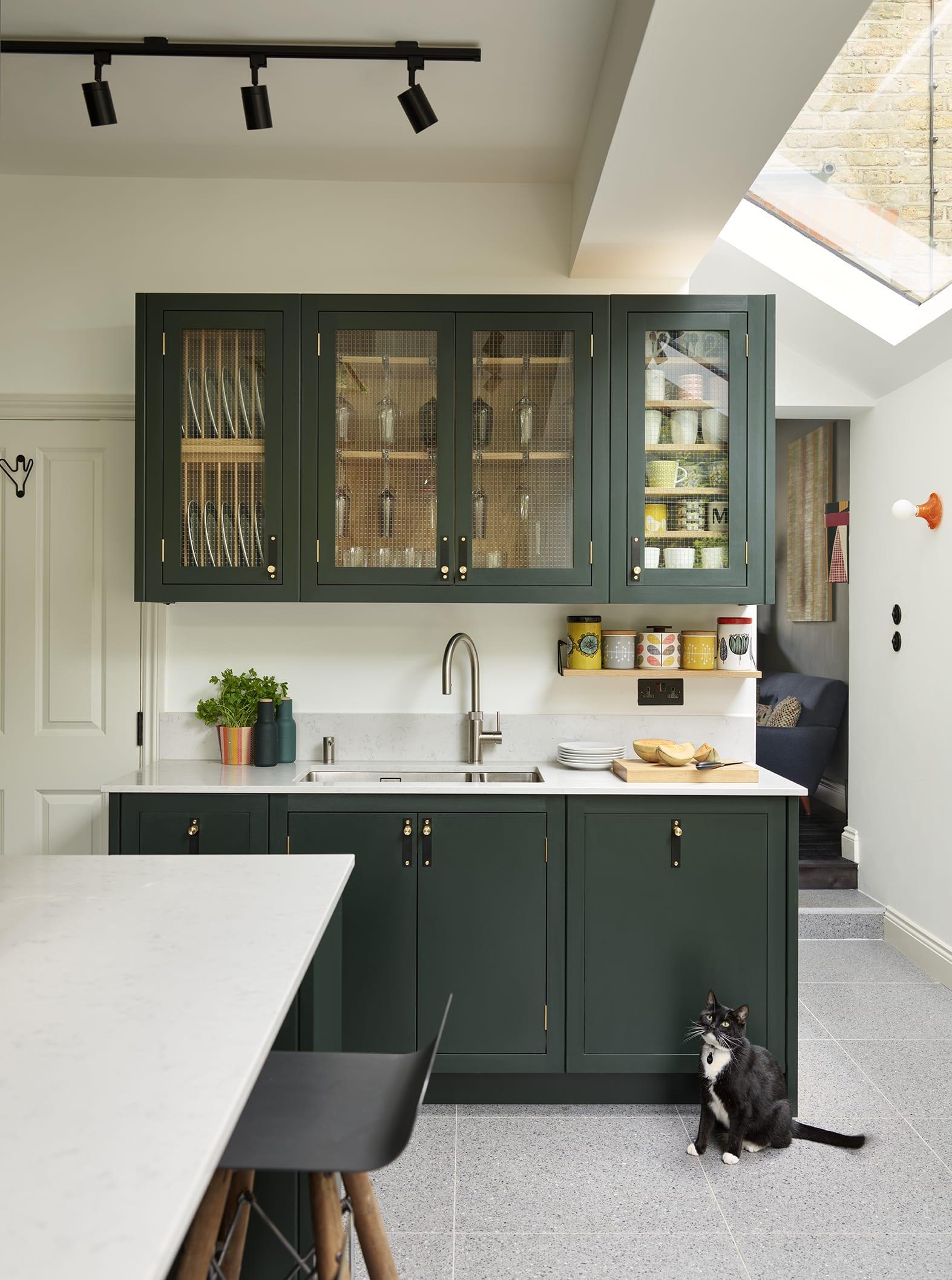 couleur foncee cuisine mobilier ideee