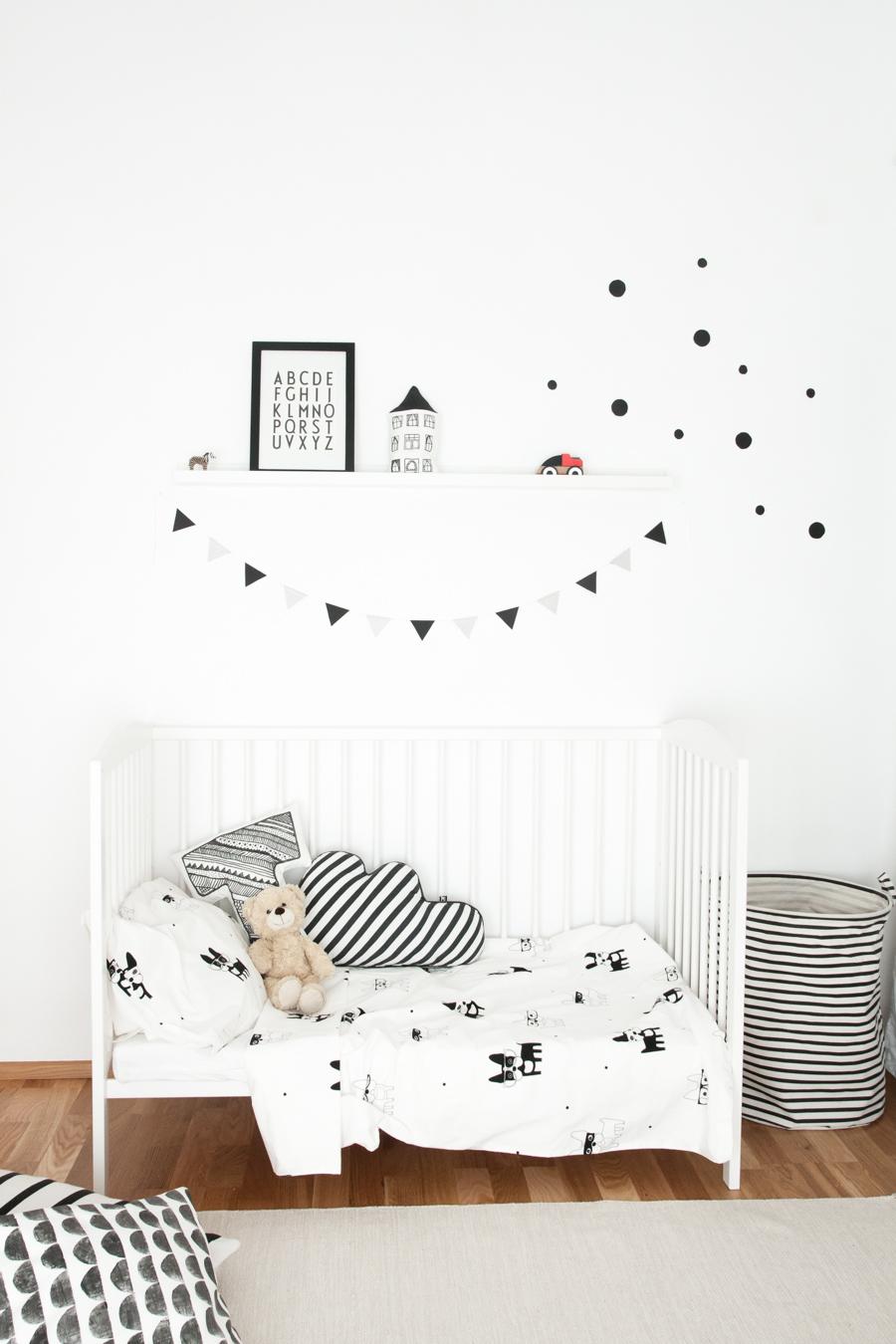 decorer amenager chambre bebe blanc couleur