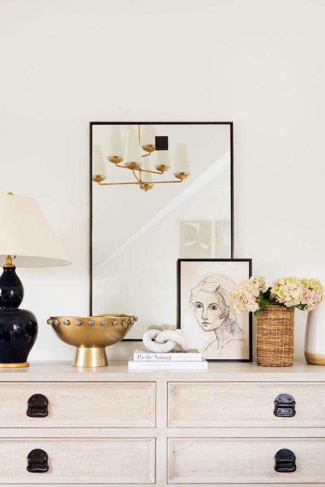 deco entree elegante feminine detail or et beige simple raffiné
