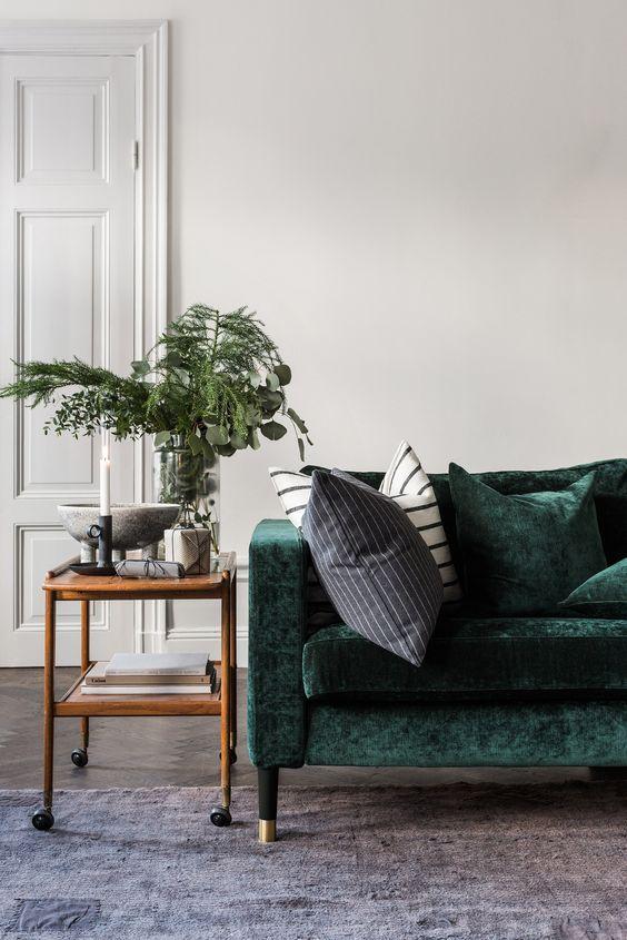 canape vert en velours association gris