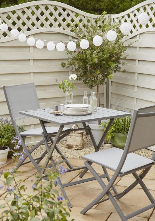 ou trouver salon de jardin gris balcon table carree