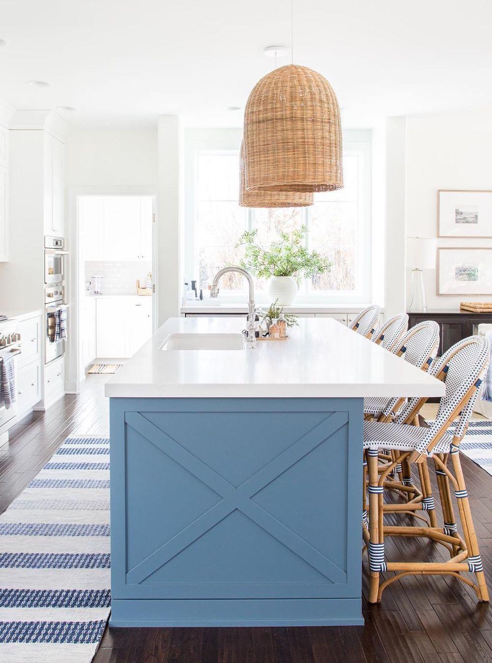 cuisine deco bord de mer bleu blanc bois