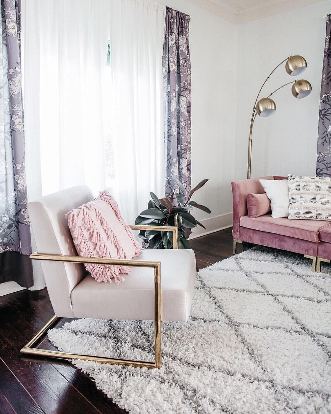 deco elegante feminine salon fauteuil