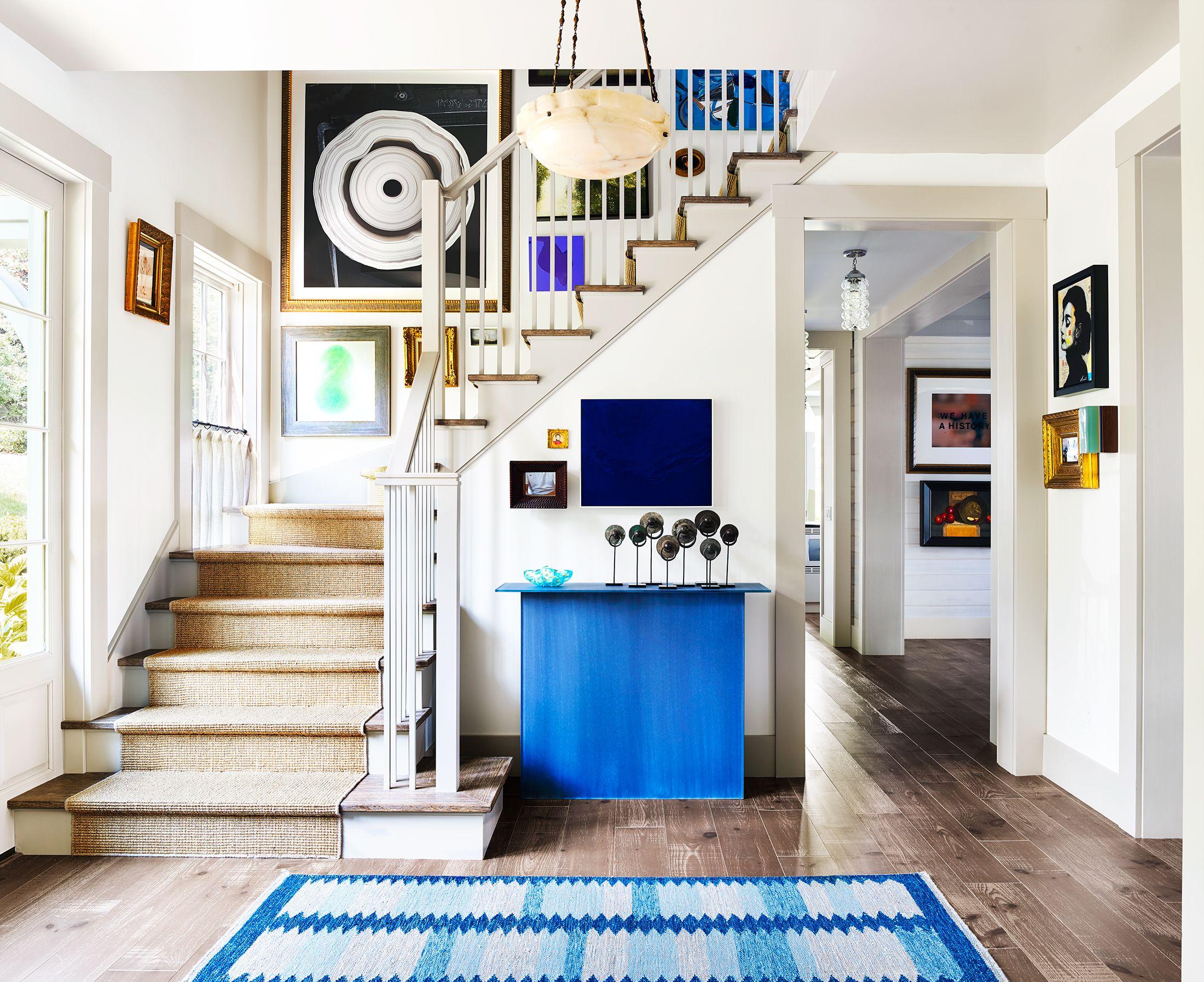 entree gain de place meuble sous escaliers