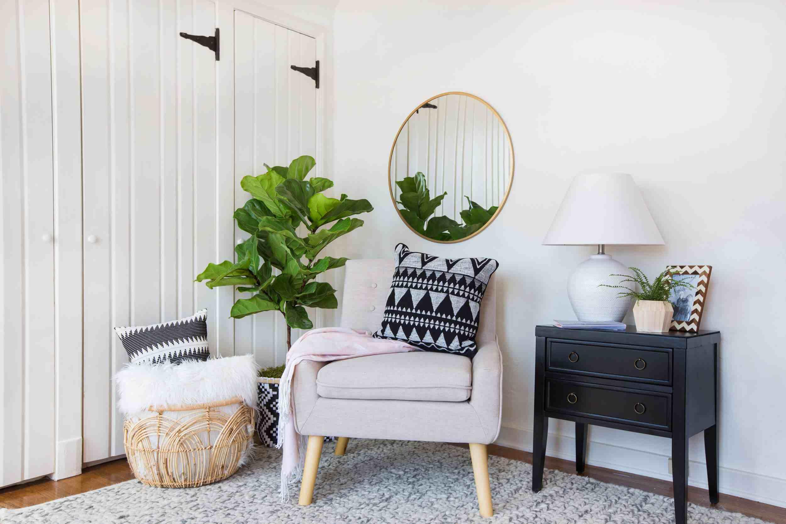 style modern glam meuble appoint gueridon