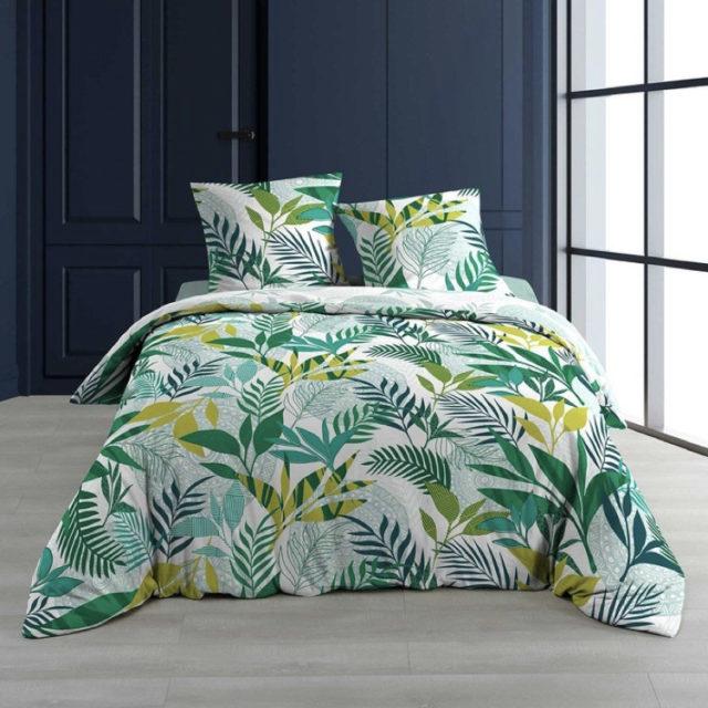 ambiance déco nature chambre linge de lit imprimé tropical vert