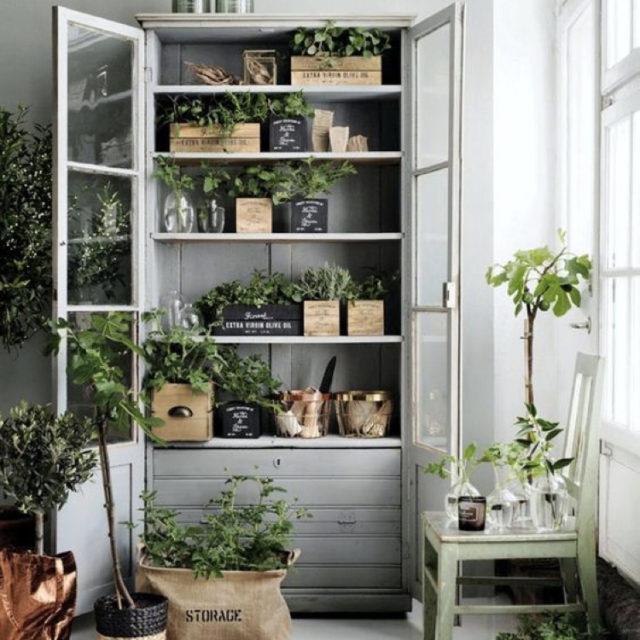 meuble ancien peint avec plantes vertes style naturel chic