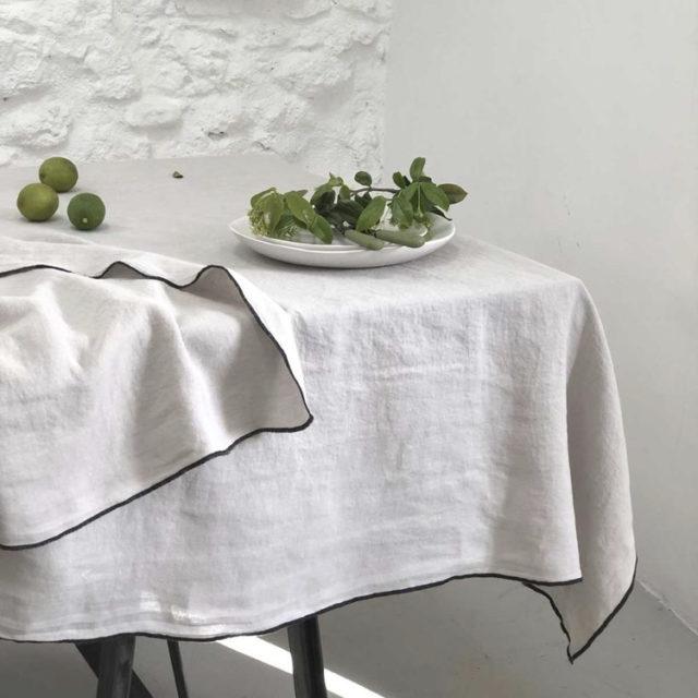 ambiance déco nature nappe en lin blanc cassé