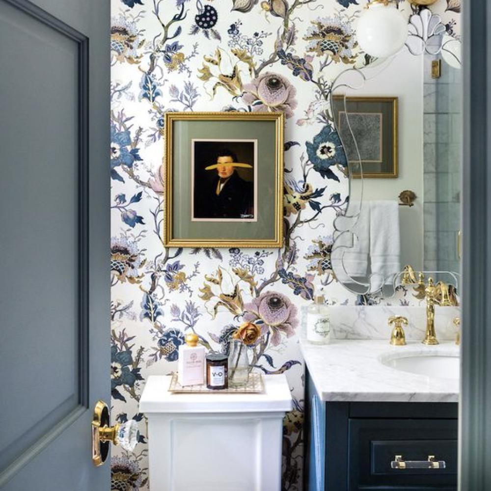 papier peint fleur romantique salle de bain 2