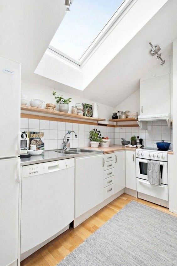 conseils gain de place cuisine combles mobilier