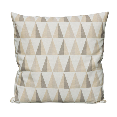 coussin style scandinave triangle beige moderne