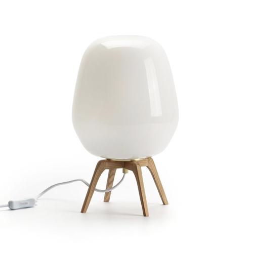 lampe à poser pied en bois scandinave salon