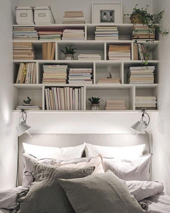 Petit et génial - petite bibliothèque dessus de lit