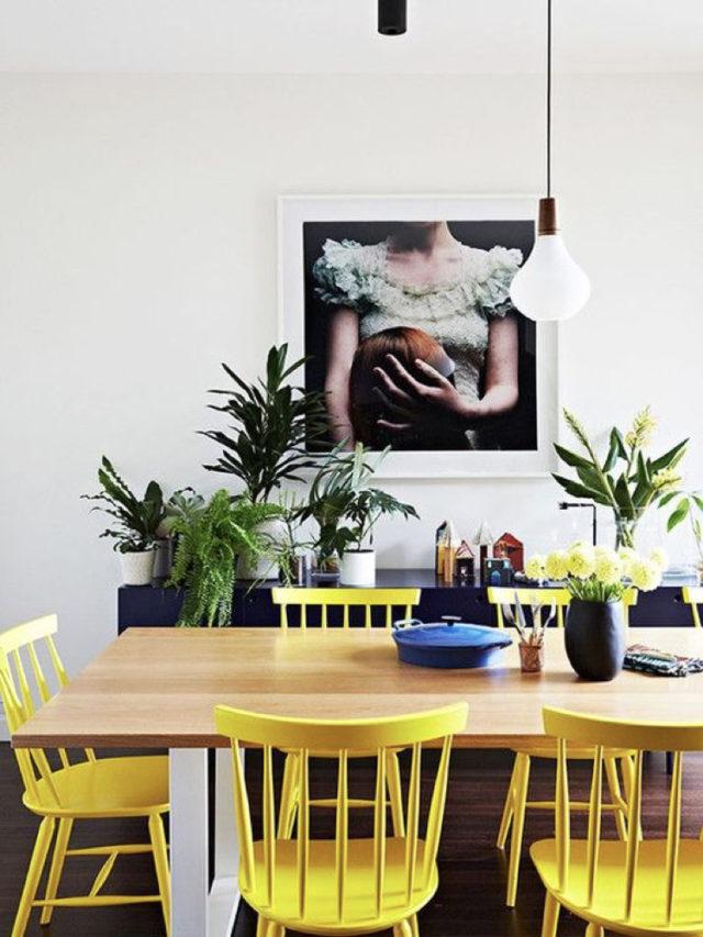 salle à manger ambiance moderne chaise colorée