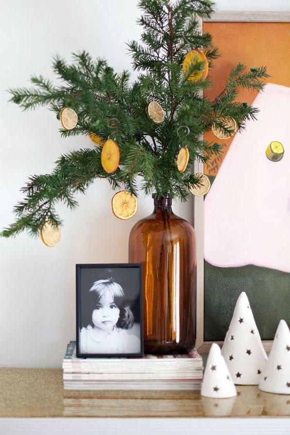 deco maison noel facile diy branche sapin et rondelle orange