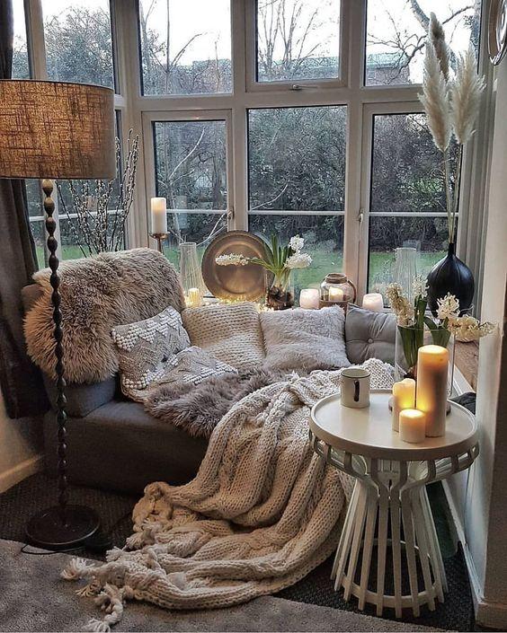 decoration hygge salon moderne coin chaleureux plaid