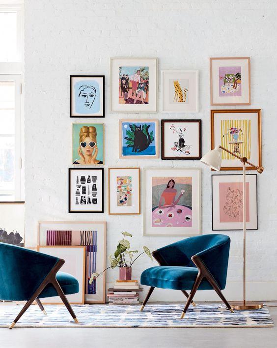 fauteuil vintage arty salon velours bleu
