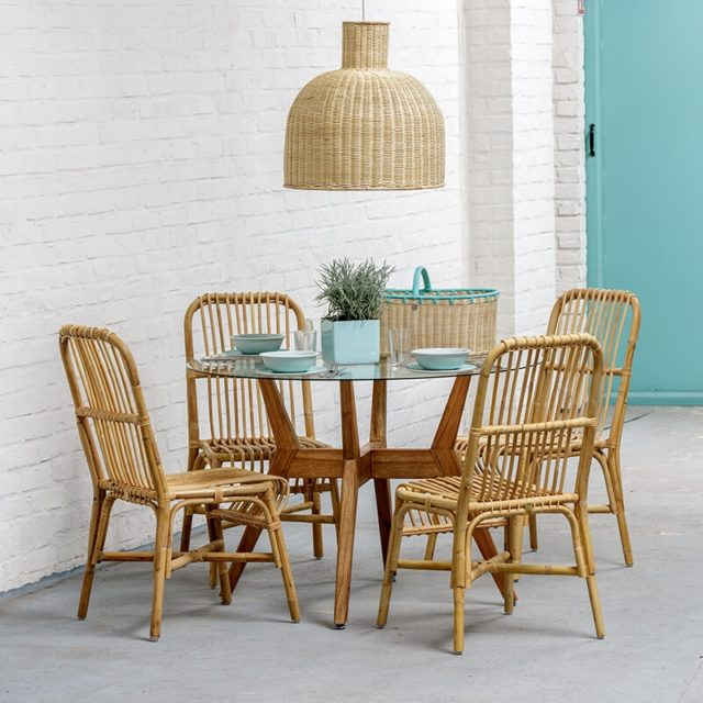 meuble rotin moderne 4 pieds chaises salle a manger