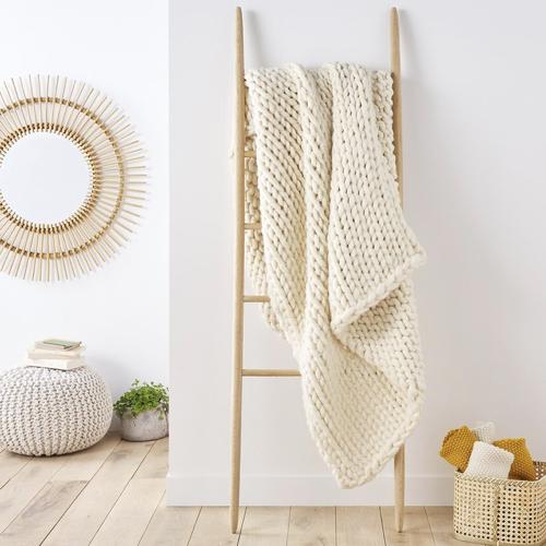ou trouver deco hygge salon plaid en laine beige ecru