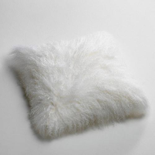 ou trouver deco hygge salon coussin laine poil