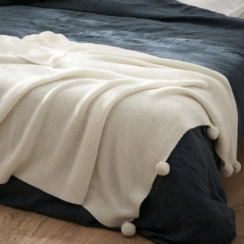 ou trouver plaid hygge en laine pompon