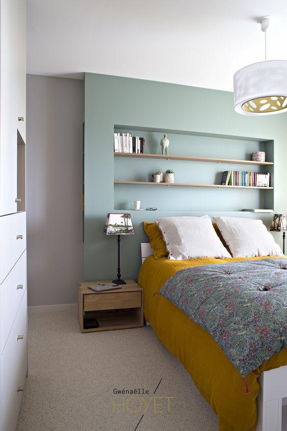 association couleurs vert sauge et jaune moutarde chambre drap