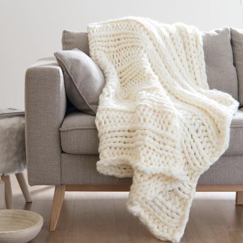 plaid hygge en laine grosse maille maisons du monde 1