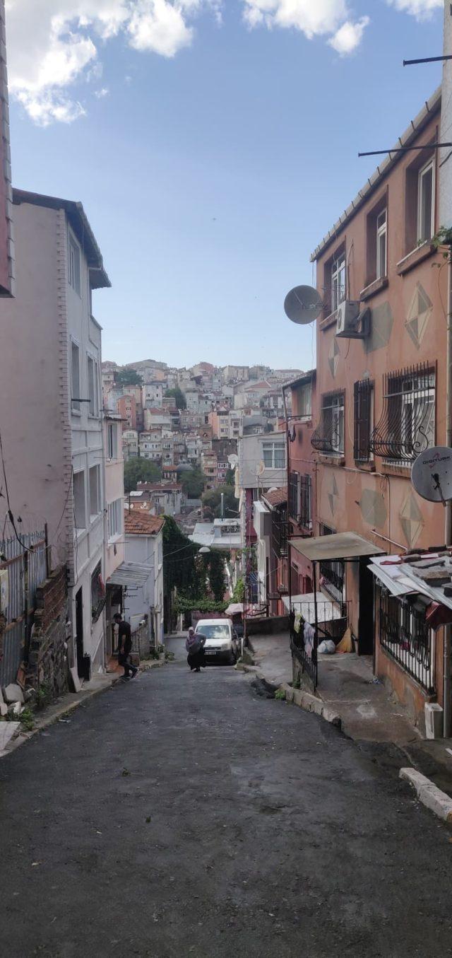 rue istanbul ca grimpe
