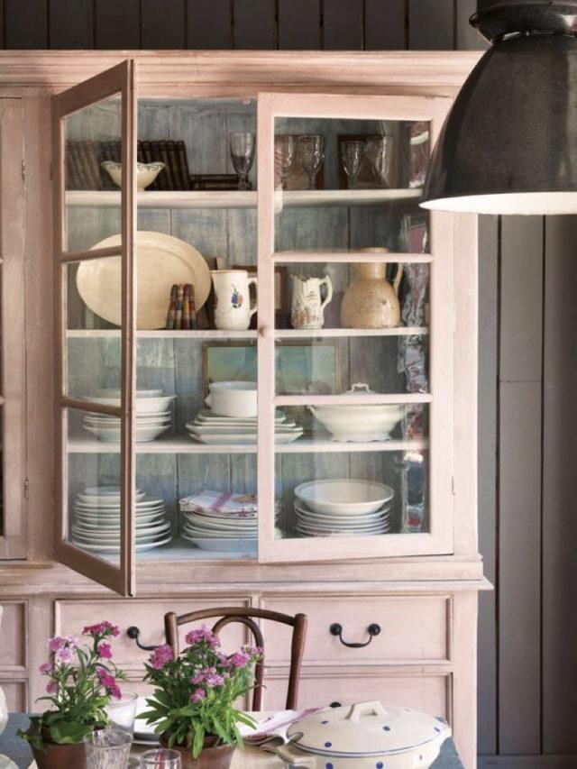 salle a manger classique chic meuble vaisselier rose