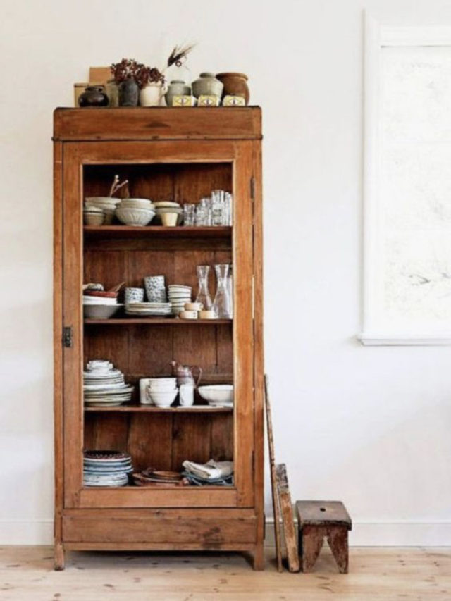 salle a manger classique chic meuble vaisselier bois