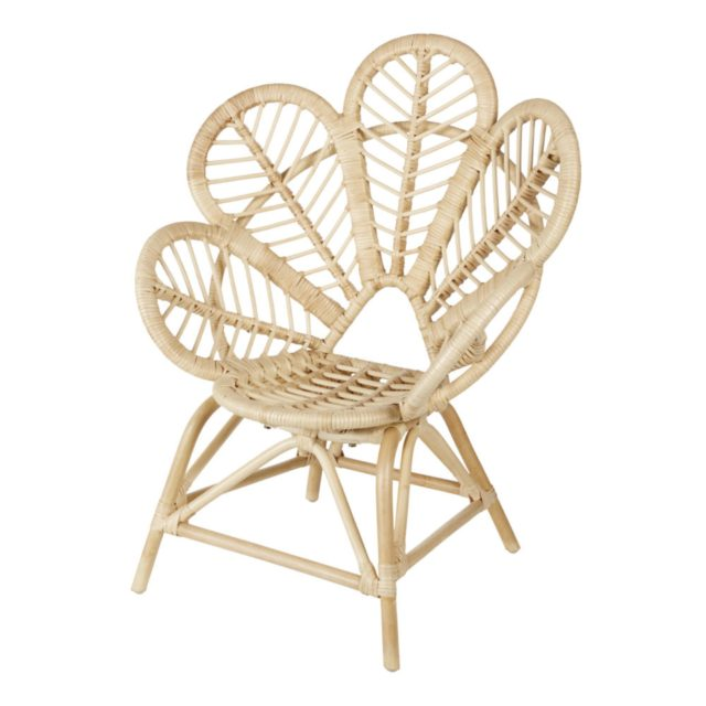 cadeau noel enfant decoration maisons du monde joli fauteuil en rotin