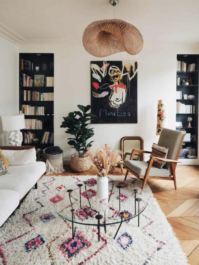 comment creer salon lumineux table basse en verre moderne tapis berbère canapé blanc