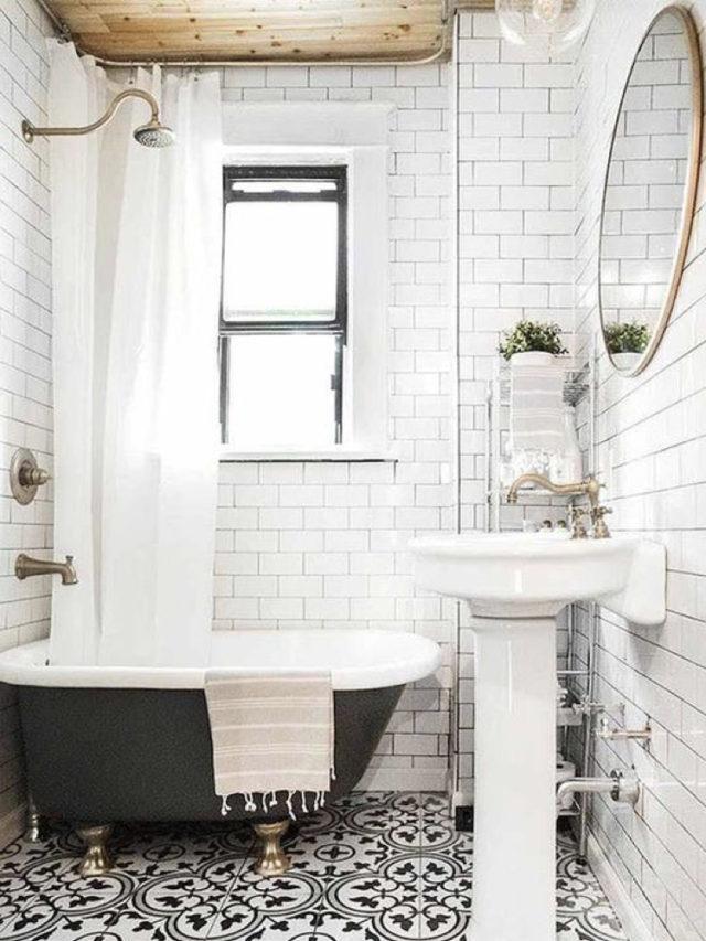 comment utiliser blanc pour decorer salle de bain élégante carrelage baignoire ancienne