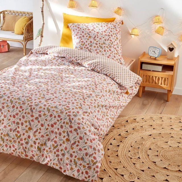 deco chambre enfant ecoresponsable parure lit roses