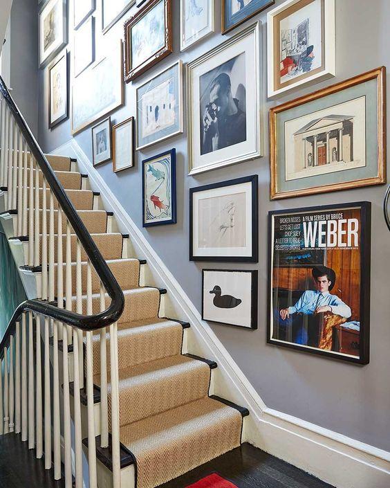 deco couloir entree escaliers cadre muraux illustrations et photos divers