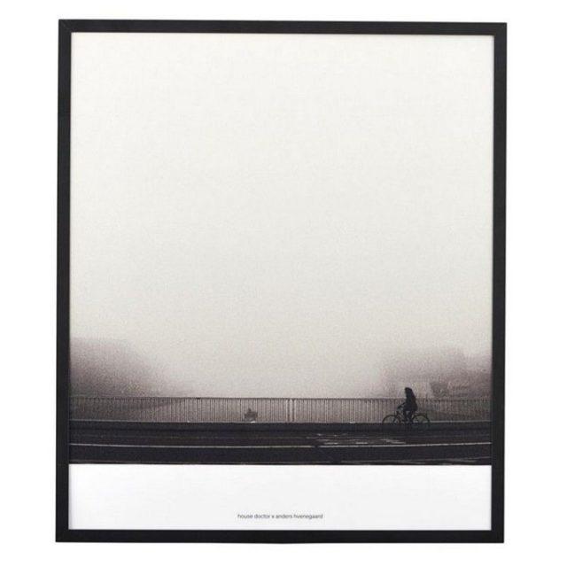 deco entree cadre affiche paysage noir et blanc house doctor