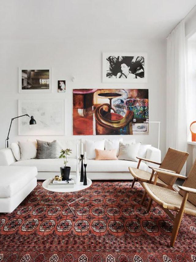 decoration blanc utilisation exemple tapis persan coloré salon canapé cuir blanc