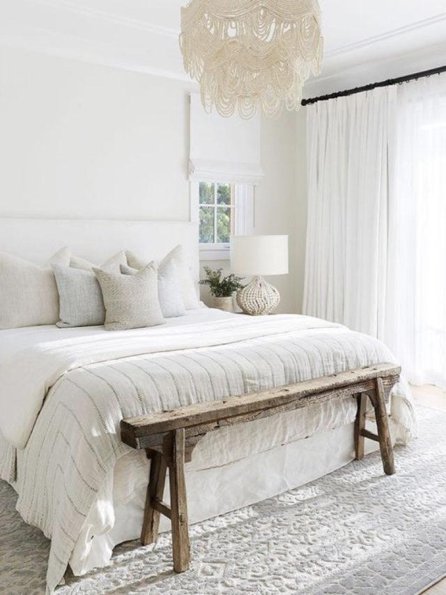 decoration chambre blanche exemple linge de lit blanc et banc bout de lit